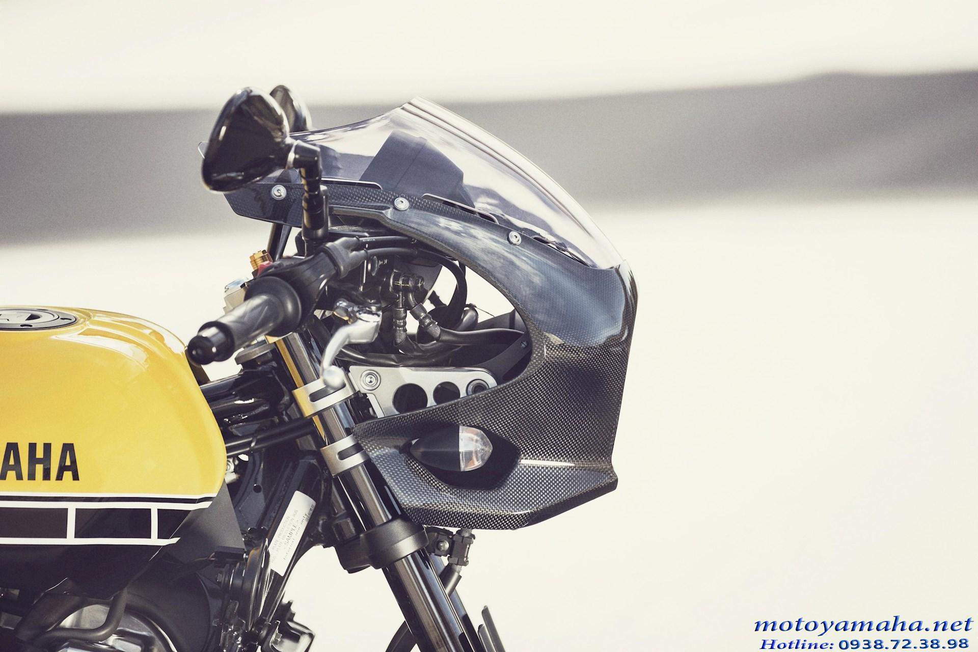 Yamaha XJR1300 racer ốp đèn trước