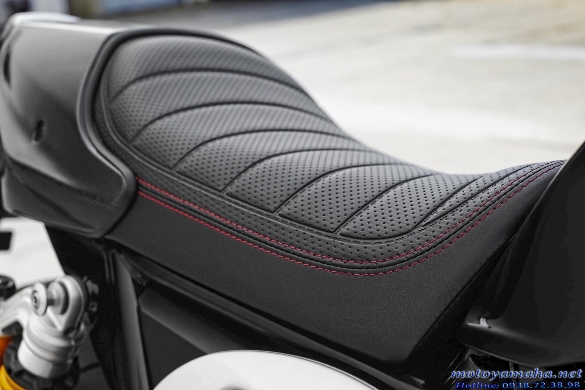 Yên Yamaha XJR1300 racer